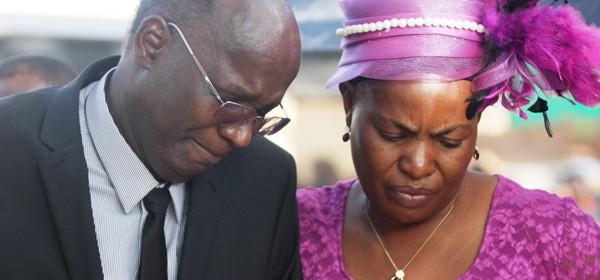 Jonathan-Moyo-with-his-wife-Beatrice1 (1)