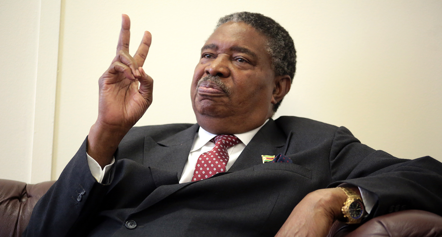 VP Mphoko, Has Spent 400 Days So Far , Living  In A Hotel, Costing Taxpayers  An Estimated US$280 000