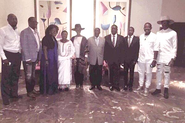 Mnangagwa Hires Private Jet To Dubai, &Grace Blocks Private Talks With Mugabe