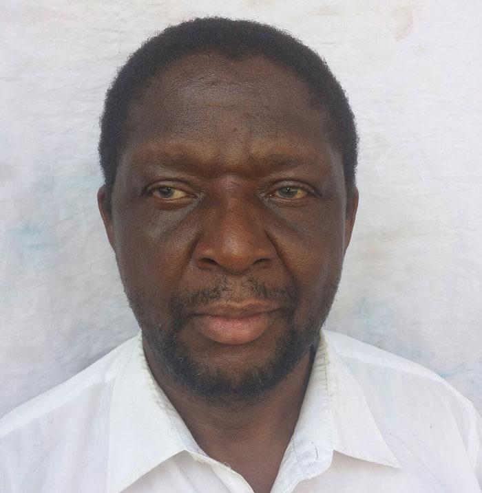 Zanu PF youth  storm ,  Former Ambassador also Rtd Brig Gen Agrippa Mutambara's farm and attack residents with axes