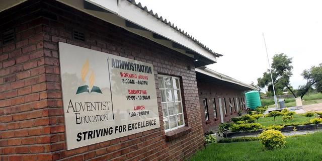 BULAWAYO, Four armed men kill  SDA church-run Pelandaba Primary School guard steal two laptops and US$200